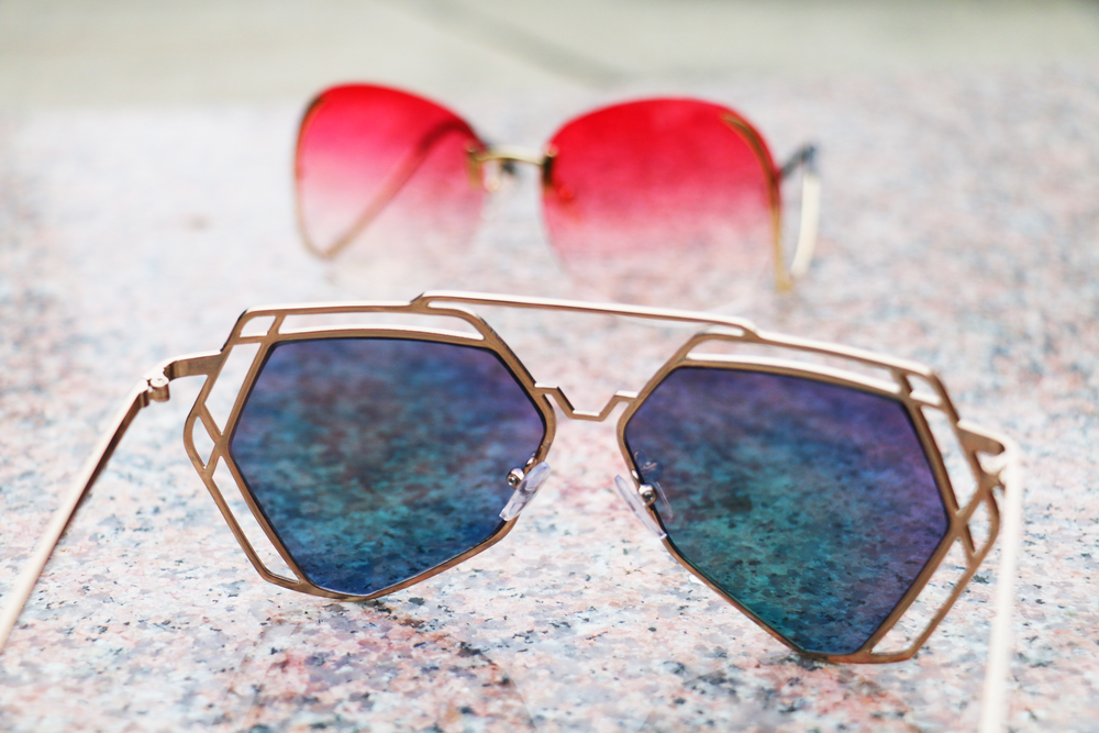 spring_summer_mirrored_sunglasses