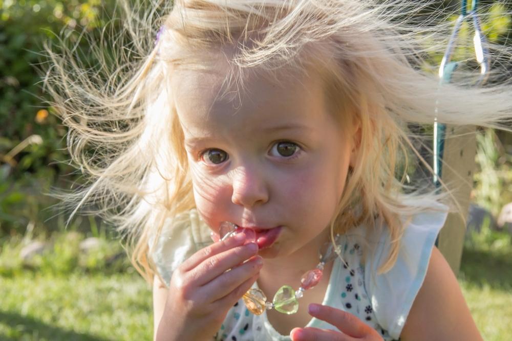 Lillian_swing-1792_resized_8in.jpg