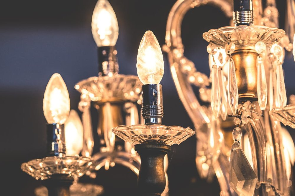 chandelier.jpeg
