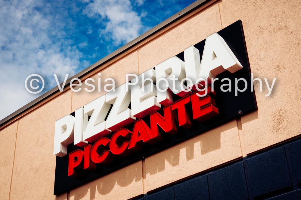 Pizzeria_Piccante_Proofs-3.jpg