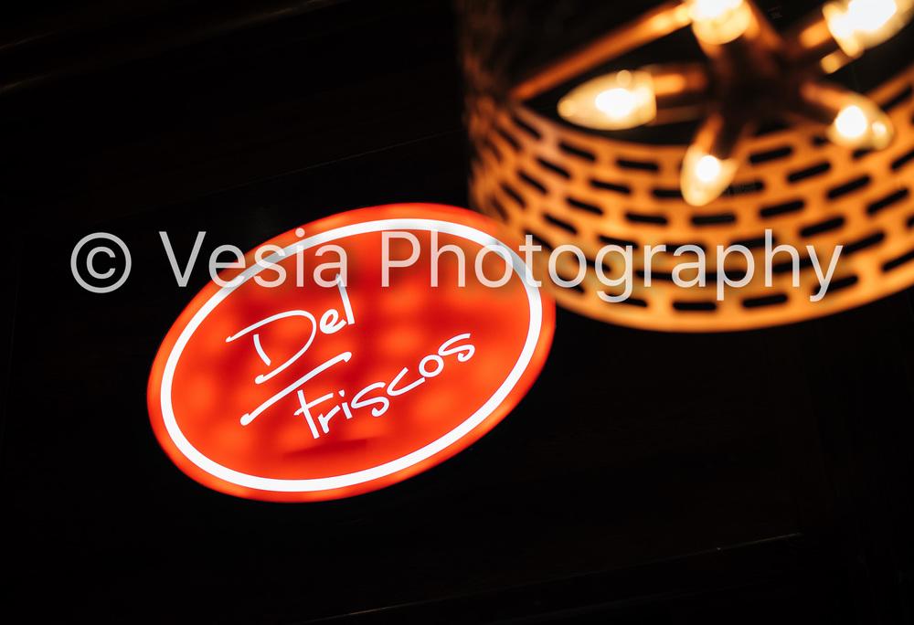DelFriscos_Boucherville_Proofs-22.jpg