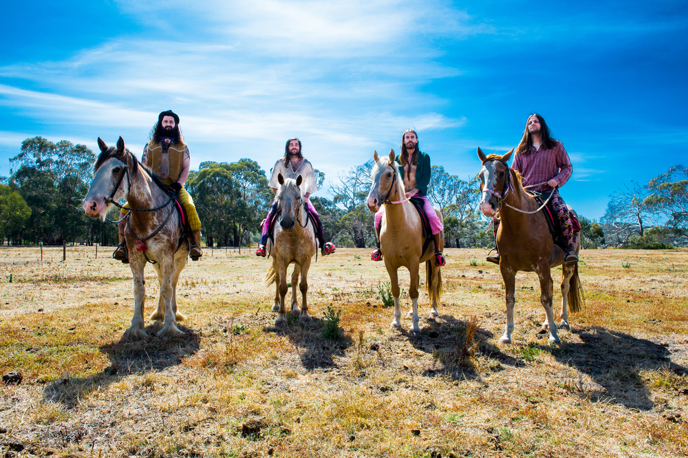 The Bennies... on horses