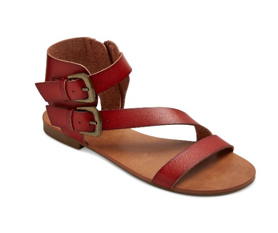Quarter strap sandals