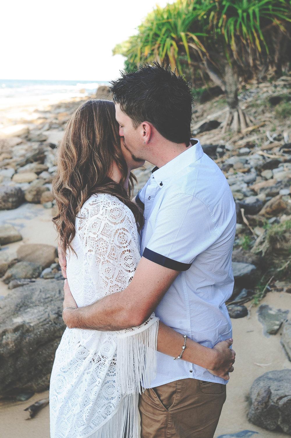 Brisbane Wedding Photographer Lovelenscapes Photography Moffat Beach Sunshine Coast Engagement