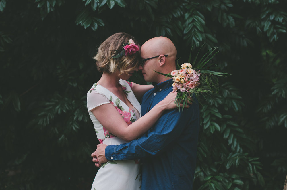 Lovelenscapes | Brisbane Engagement Photographer | Flowers Ashgrove