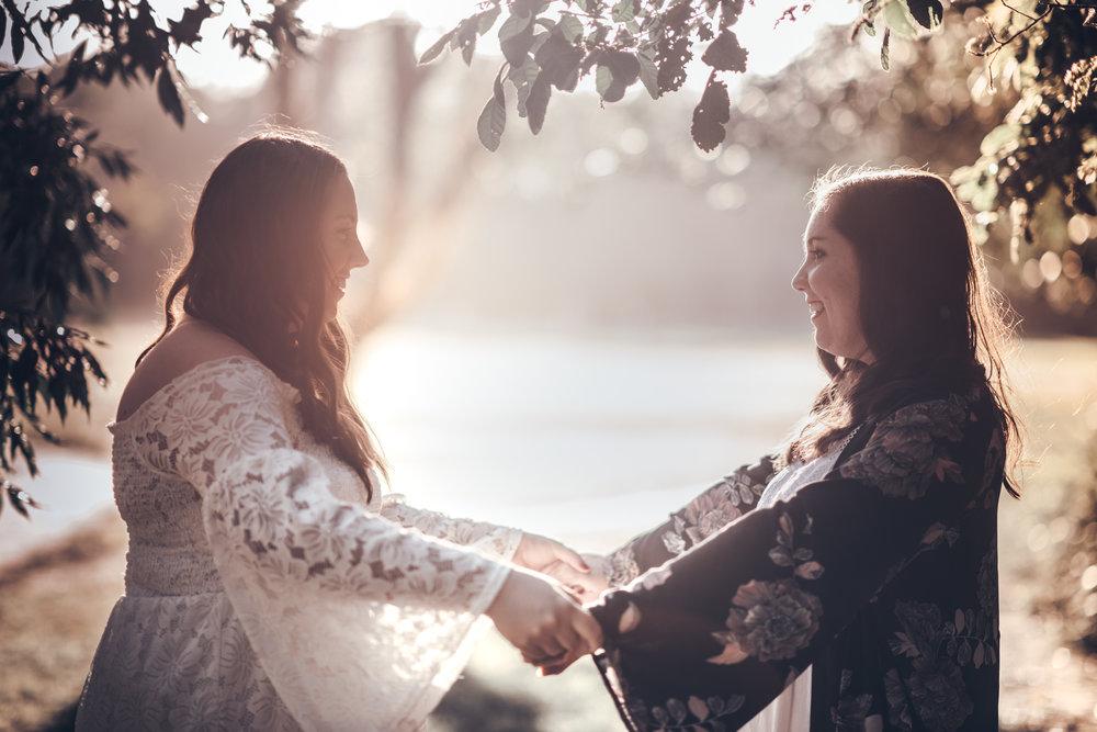 Australian Photographer • Lovelenscapes Photography • Brisbane Maternity Photographer • Brisbane Wedding Photographer