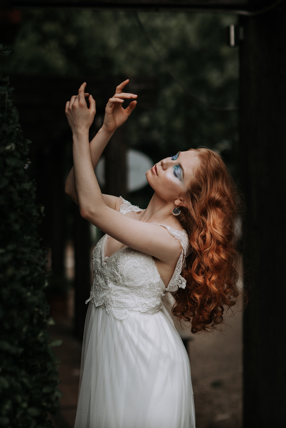 LOVELENSCAPES PHOTOGRAPHY X ANNA CAMPBELL BRIDAL X LEMAE MAKEUP ARTISTRY X BLOOMING LOVELY BOUQUETS X ERIN LIGHTFOOT X LITTLE WHITE COUTURE • 9.jpg