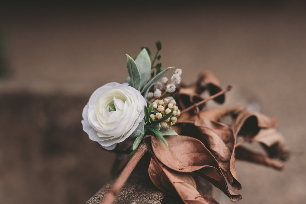 LOVELENSCAPES PHOTOGRAPHY X ANNA CAMPBELL BRIDAL X LEMAE MAKEUP ARTISTRY X BLOOMING LOVELY BOUQUETS X ERIN LIGHTFOOT X LITTLE WHITE COUTURE • 35.jpg