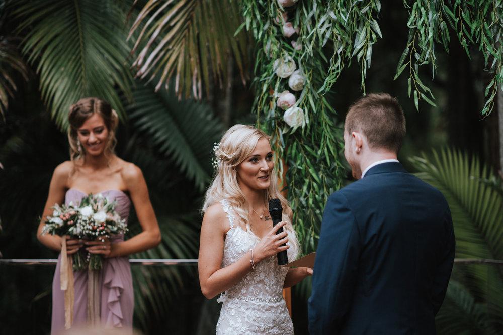 LOVELENSCAPES PHOTOGRAPHY •VISUAL POETRY • GLASSHOUSE MOUNTAINS • AUSTRALIAN WEDDING PHOTOGRAPHER • SUNSHINE COAST WEDDING PHOTOGRAPHER • LUV BRIDAL • BEERWAH HIDEAWAY • 49.jpg