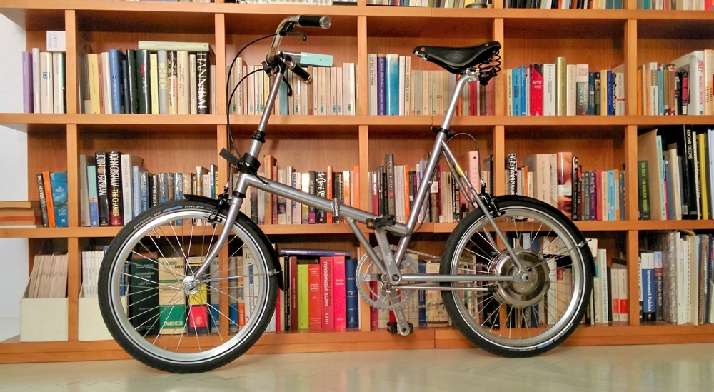 Vrum e-bikes set you free to move about the city, lightning fast and sweat-free.