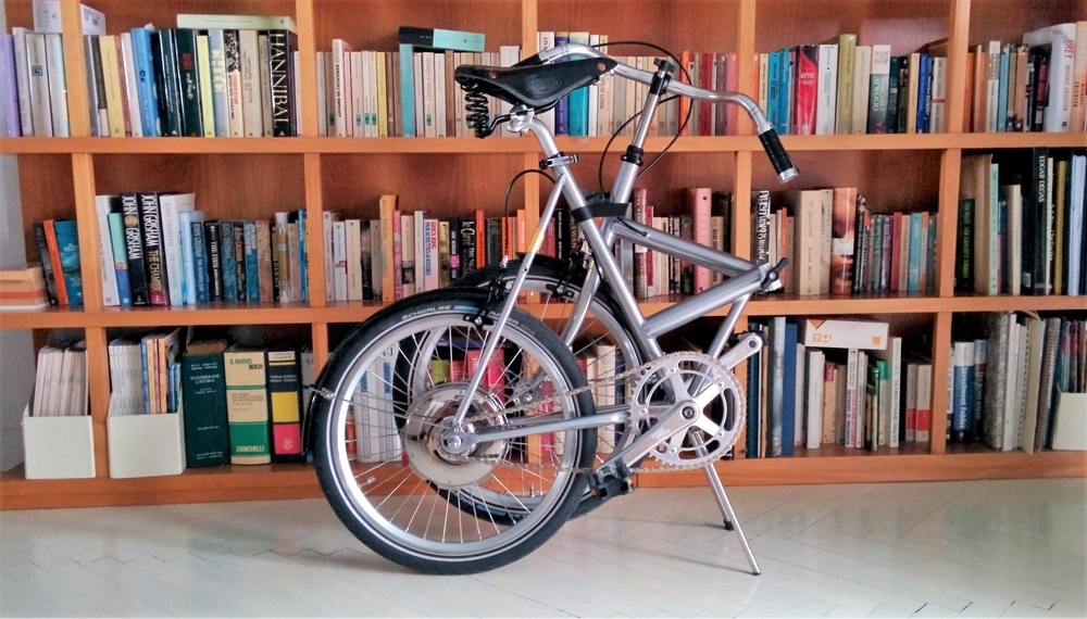 Vrum e-bikes are so light and compact they can follow you everywhere
