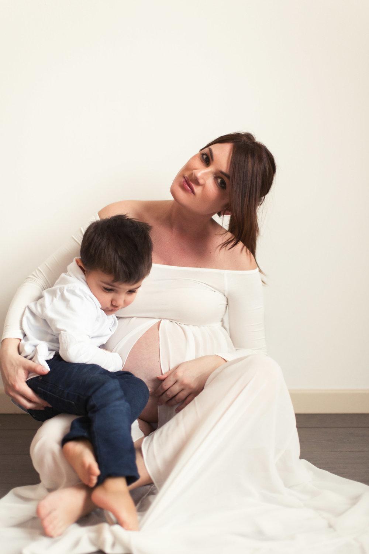 015-Ilaria-maternityshoot.jpg