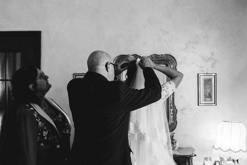 210 - Preparazione sposa - C&F.jpg