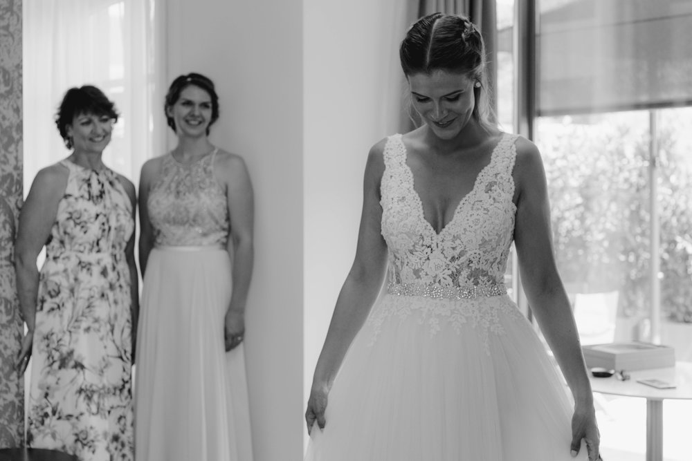 066 - Preparazione sposa.jpg