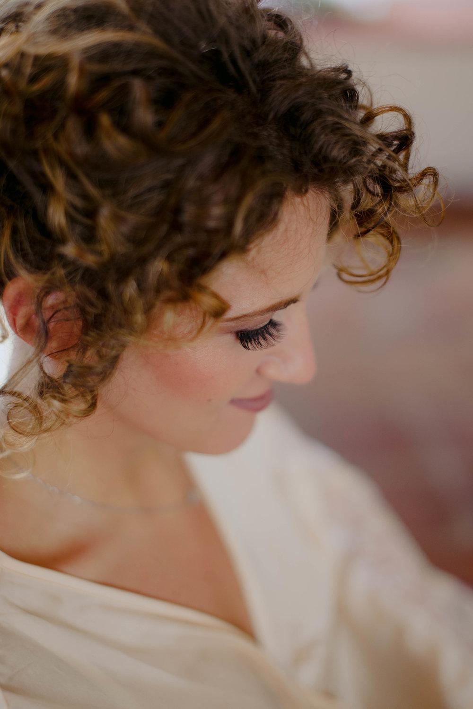 011 - Preparazione sposa.JPG