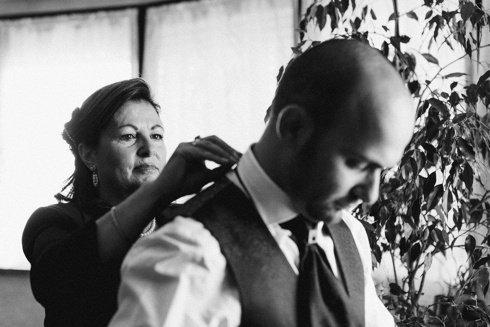005 - Preparazione sposo.JPG