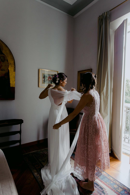 001 - Preparazione sposa-2.JPG