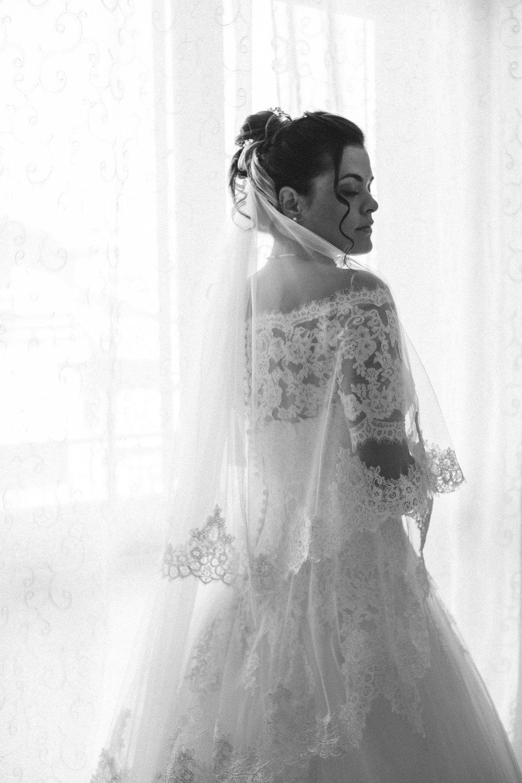 001 - Preparazione sposa-20.JPG