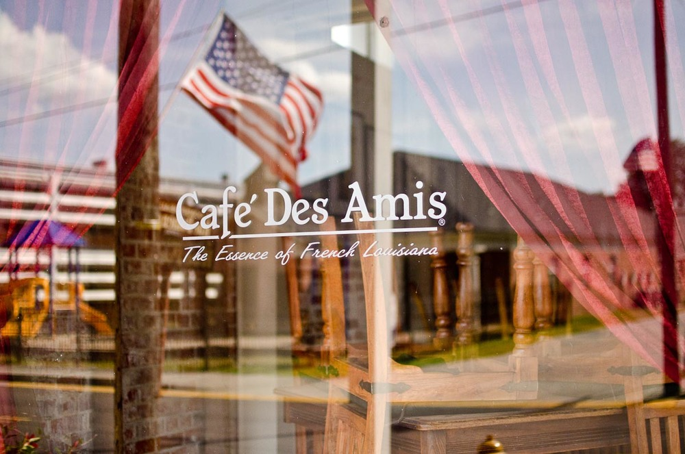 Cafe Des Amis | Photo Credit: Find. Eat. Drink.