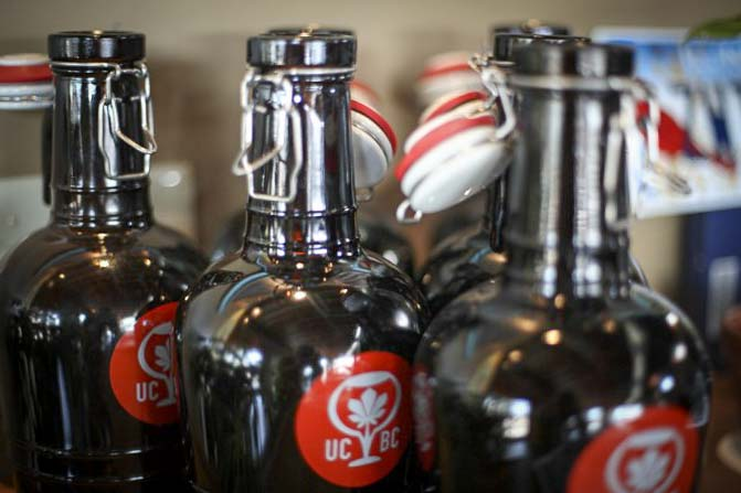 Growlers at Urban Chestnut Brewing Company | Photograph courtesy of Urban Chestnut Brewing Company