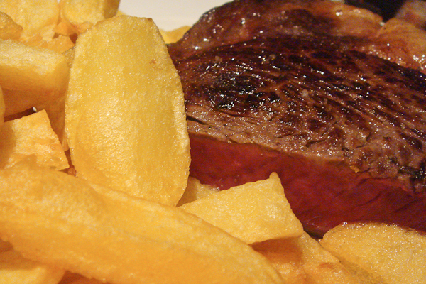 Steak at Le Severo | Photo Credit: Leon Brocard [Flickr]