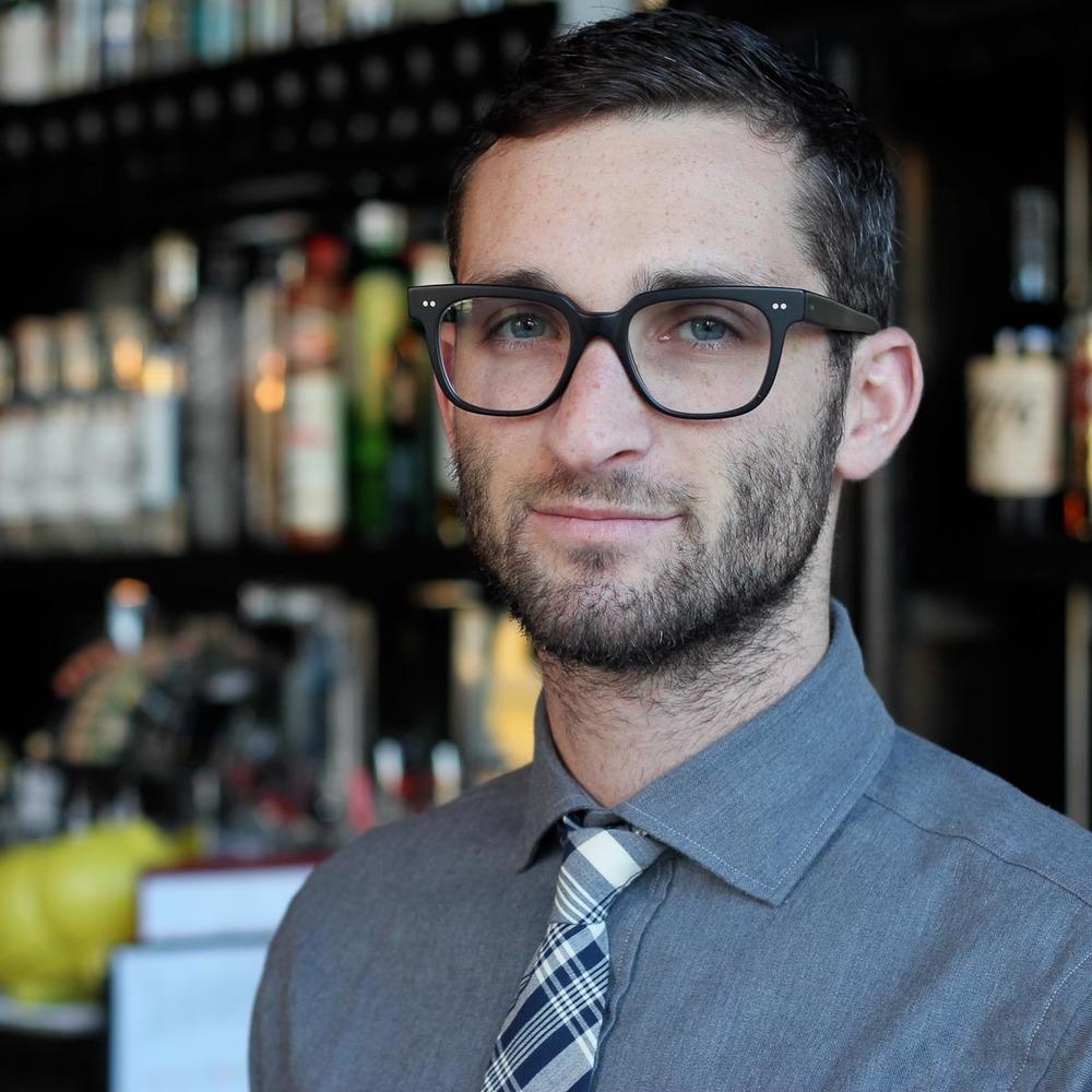 Bartender Danny Shapiro of Scofflaw