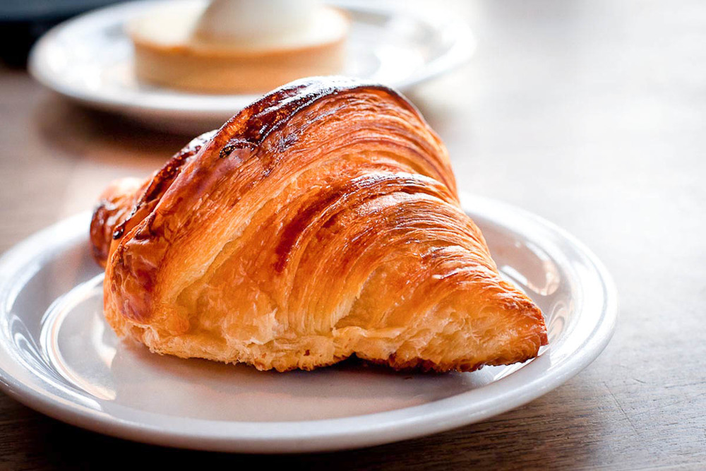 Croissant at Tartine Bakery | Photo Credit: Pauline Mak [flickr]