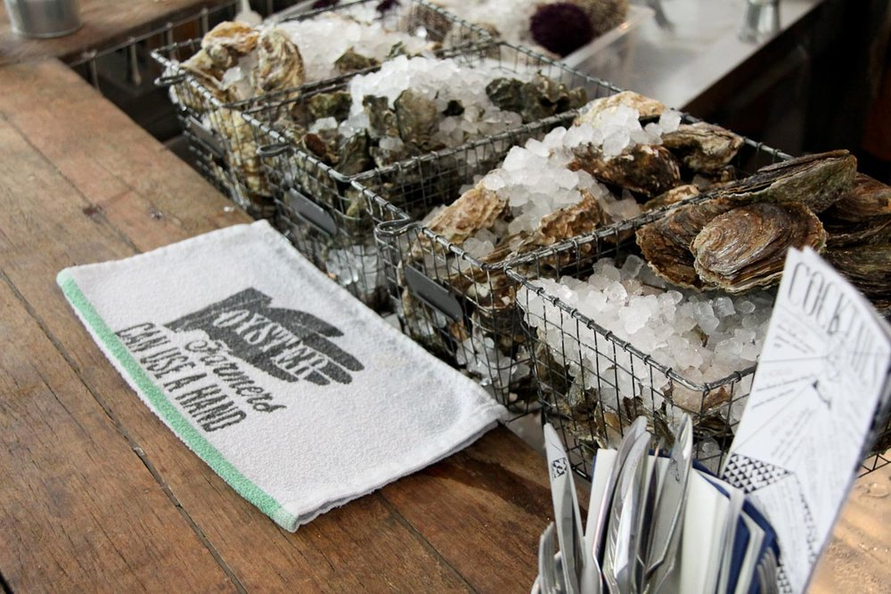 Oysters at Le Mary Celeste | Photo Credit: Diane Yoon