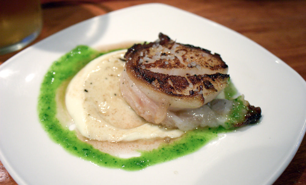 Scallops at La Cuchara de San Telmo | Photo Credit: Krista [Flickr]