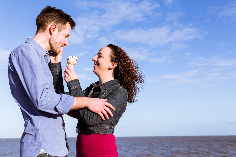 Verity and Rob had great fun sharing an ice cream on Whitstable beach