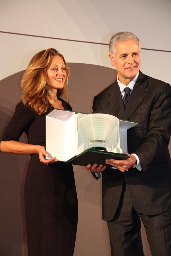 ©ONEOFF_Premio Rosa Camuna a Costanza Calvetti