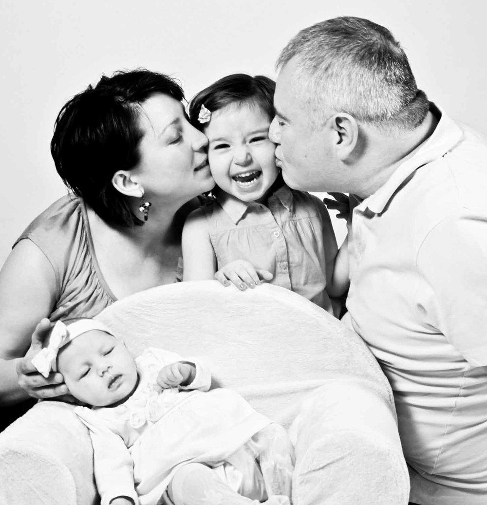 Fotostudio fotoinitiative Mannheim Familienshooting Fotoshooting Fotografin Jaytee Van Stean Heidelberg Ludwigshafen-12.jpg