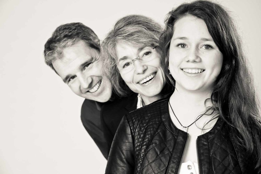 Fotostudio fotoinitiative Mannheim Familienshooting Fotoshooting Fotografin Jaytee Van Stean Heidelberg Ludwigshafen-52.jpg