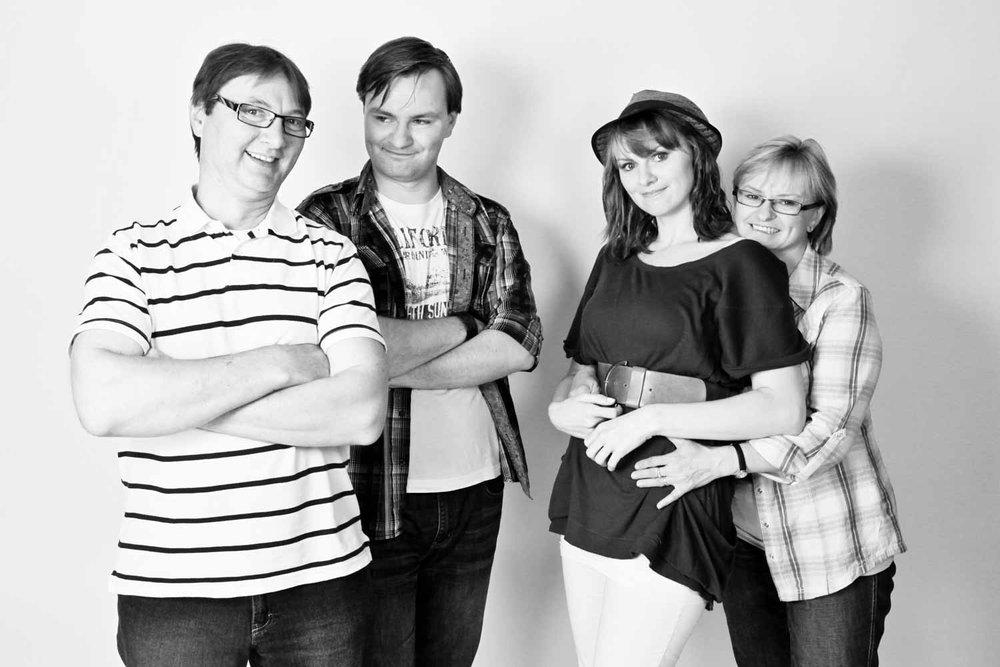 Fotostudio fotoinitiative Mannheim Familienshooting Fotoshooting Fotografin Jaytee Van Stean Heidelberg Ludwigshafen-16.jpg