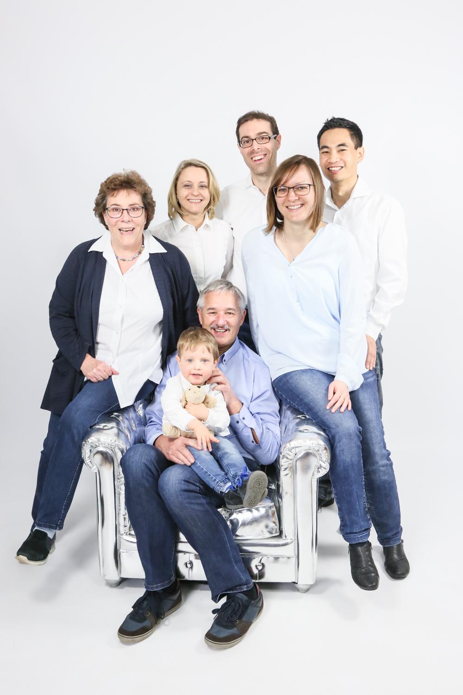 Fotostudio fotoinitiative Mannheim Familienshooting Fotoshooting Fotografin Jaytee Van Stean Heidelberg Ludwigshafen-85.jpg