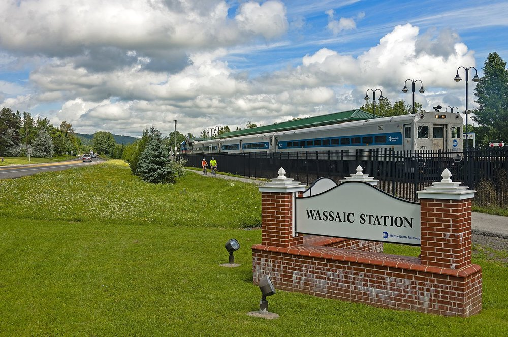 Wassaic_train_station,_NY.jpg