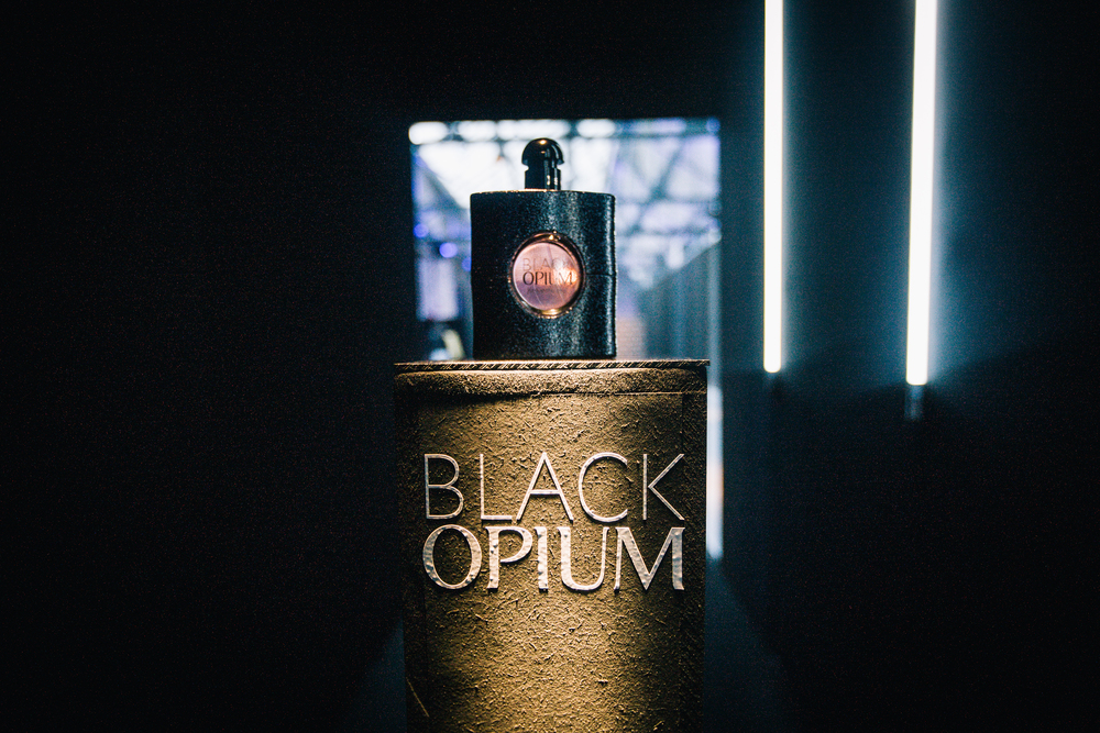 themoodstudio-ysl-blackopium-belgium-04.jpg