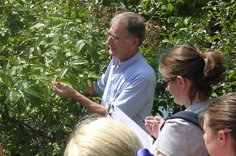 Ian Class at LGBG 2005 (3) crop.jpg
