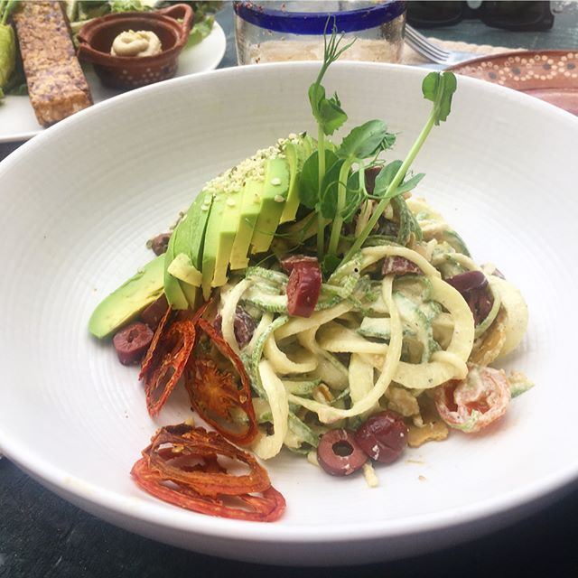 @nomadetulum Macondo: zucchini noodles and vegan Cesar salad.  #veganmexican #avocado #vegantravel #vegantulum #veganfoodshare #vegabonding