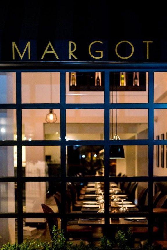 margot-575x861.jpg