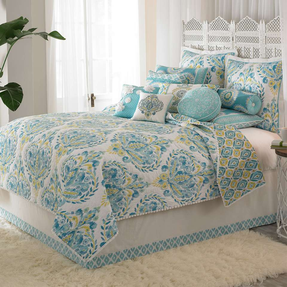Check out Breeze Bedding>>