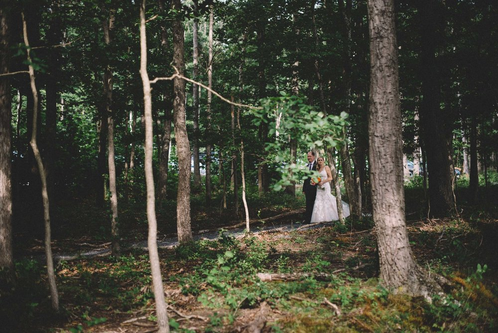 Wedding ceremony at Shenandoah Woods
