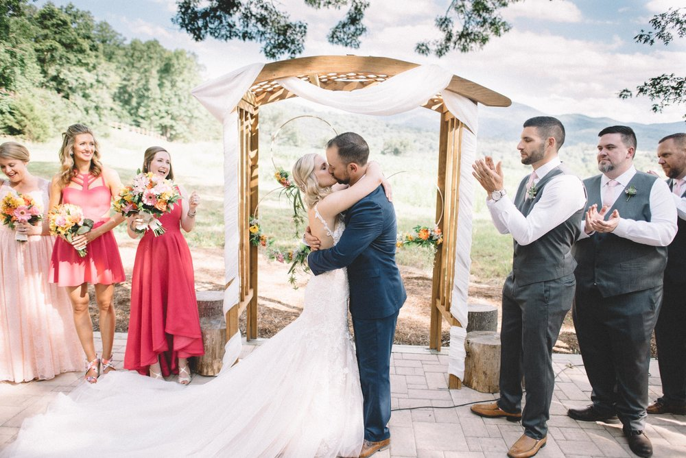 Shenandoah Woods wedding ceremony