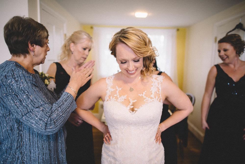 Gaie-Lea-Staunton-weddding-photographer-29.jpg