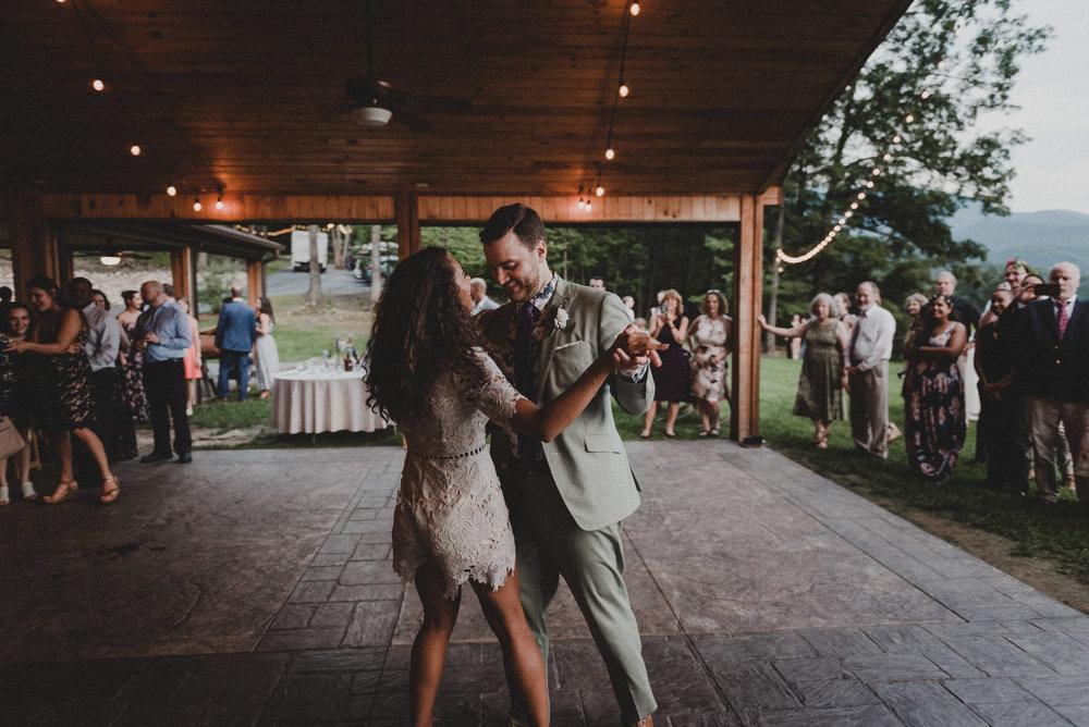 Shenandoah Woods Wedding-112.jpg