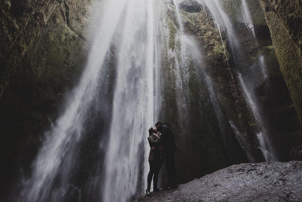 Iceland elopement photographer-86.jpg