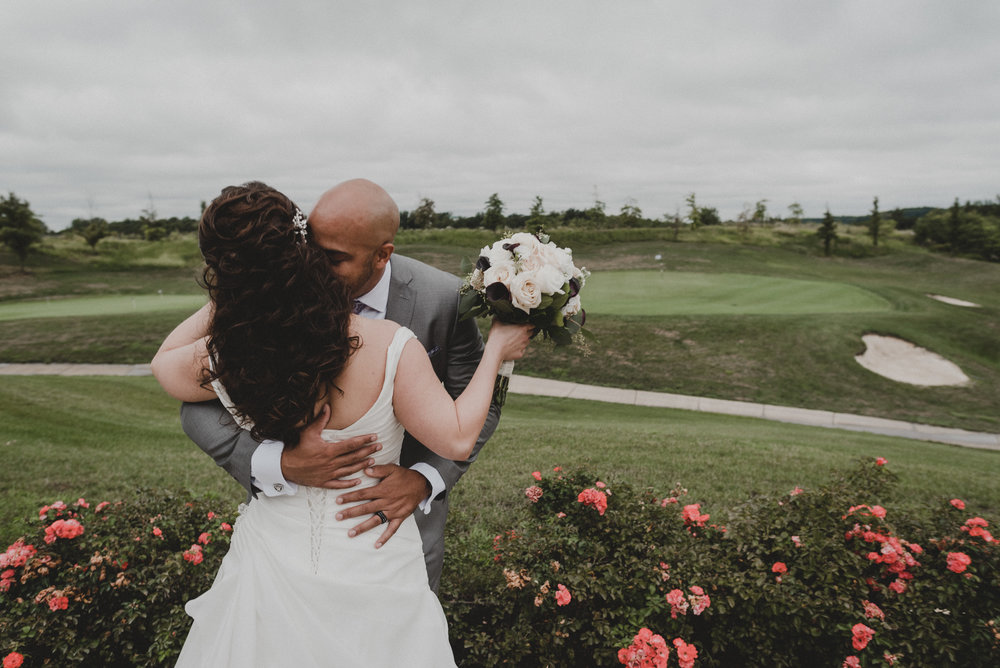 Bride and groom at Potomac Shores Golf Club in Dumfries, Virginia