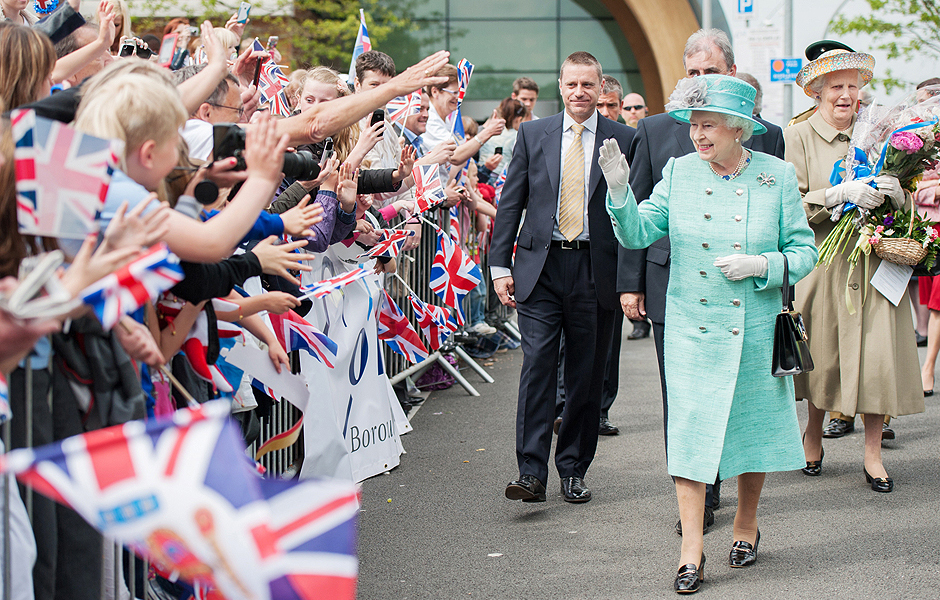 ROYAL VISIT TO CORBY CUBE