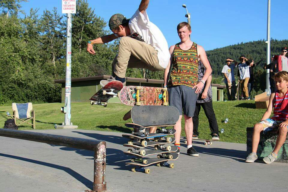 return of the high Ollie contest! Don't worry not stacking boards this time..