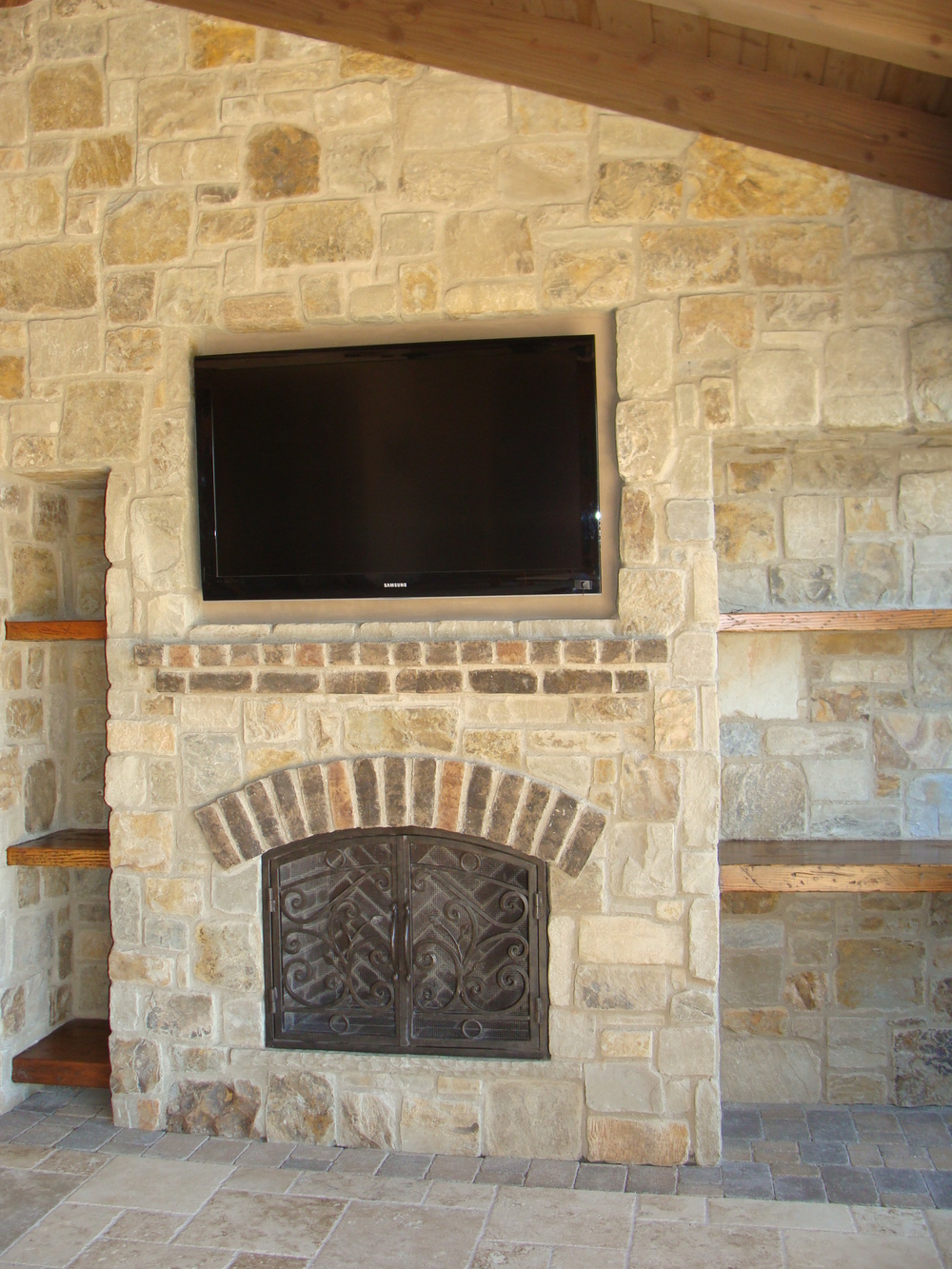 Fireplace 356.JPG